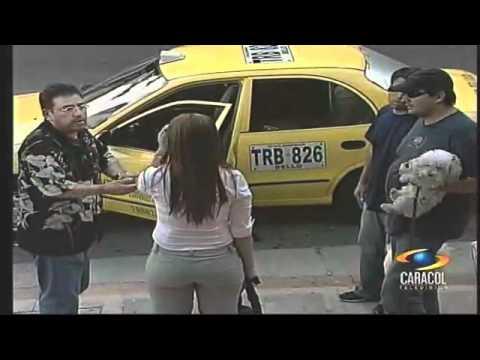 Taxi con Sobrecupo 2 lindas Paisas También Caeras  www.Facebook.com/AUTOMOTORESYNEGOCIOSBOGOTA
