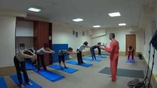 Короткое видео с занятий в йога-студии(В данном видео можно видеть, как выглядит занятие в йога-студии. Как обычно, всегда приходят начинающие,..., 2014-02-17T19:59:00.000Z)