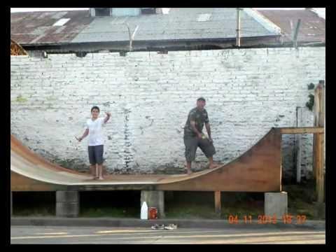 Construccion De Mini Rampa De Skate De Chacarita Youtube