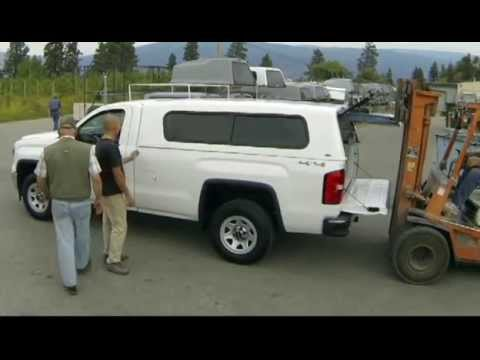 & How to install a truck canopy - YouTube