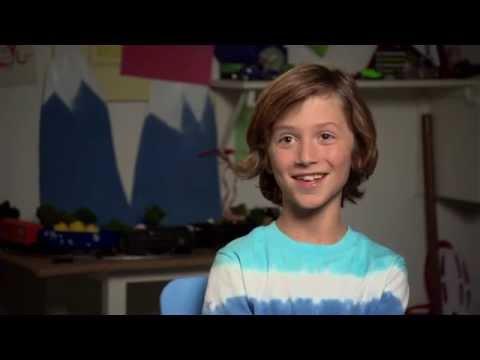 "A Haunted House 2: Steele Stebbins ""Wyatt"" On Set Movie Interview"