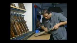 2/2 Beretta Premium Guns: la finitura calci e astine | The craft of stocks and fore-ends