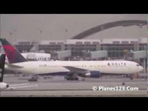 Plane Spotting @ LAX Part 51