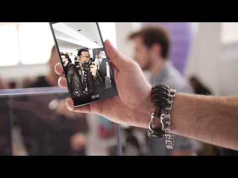LG G4 front facing camera gesture shot demo