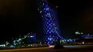 El hotel más inclinado del mundo se encuentra en Abu Dhabi