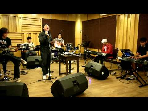 Besar Di Dalamku (Acoustic Demo 'FAVOR' Live Recording) JPCC Worship/True Worshippers