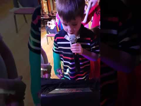 Zak karaoke man's not hot