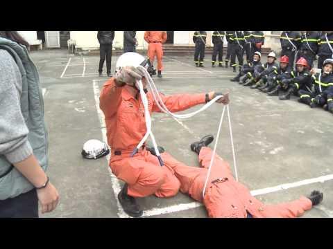 kỹ năng cứu nạn cứu hộ (Cõng Người sử dụng dây)