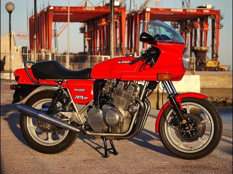 1982 Laverda 1000 Jota 120º engine running