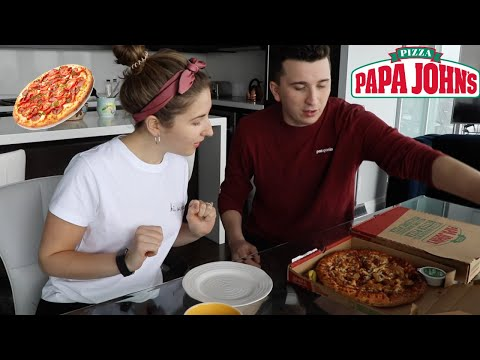 Trying Papa John's Pizza For The First Time!