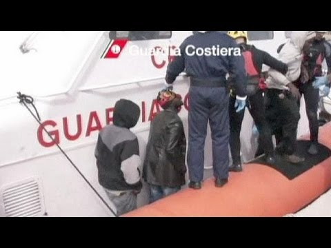 Almost 500 migrants rescued off Italian coast in 24 hours