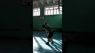 Играем в баскетбол / Видео