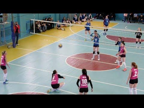 В Шадринском госуниверситете прошел 12-ый кубок ректора по волейболу среди женских команд