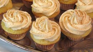 Mini Eggnog Cupcakes – Christmas – Lynn's Recipes