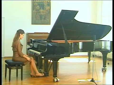 Helena Popović - Chopin etudes, Pavane pour une infante défunte and La cathédrale engloutie