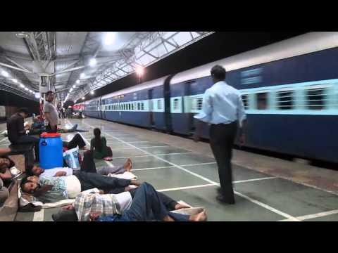 16508 Bangalore Jodhpur Express with KJM WDP 4 20024