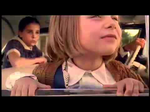An American Rhapsody - Ein Amerikanischer Traum (Official Trailer)