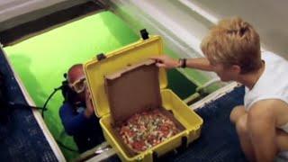 Underwater Pizza Delivery