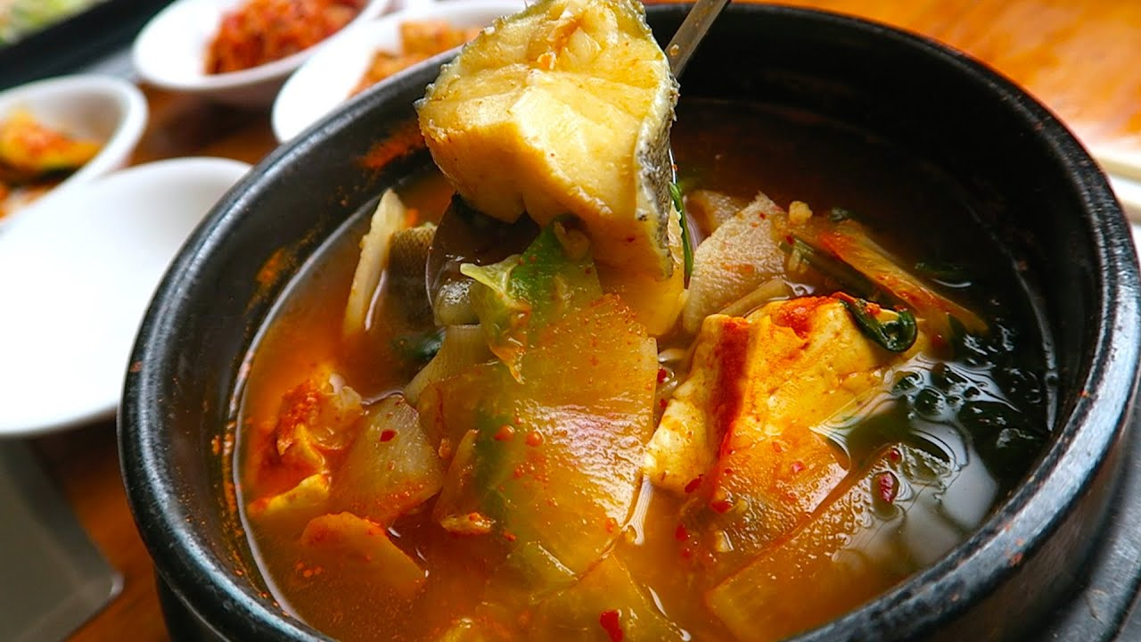 Korean spicy fish soup youtube for Spicy fish soup
