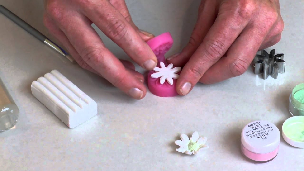 Making Polymer Clay Daisy Flowers For Headbands Hairclips And