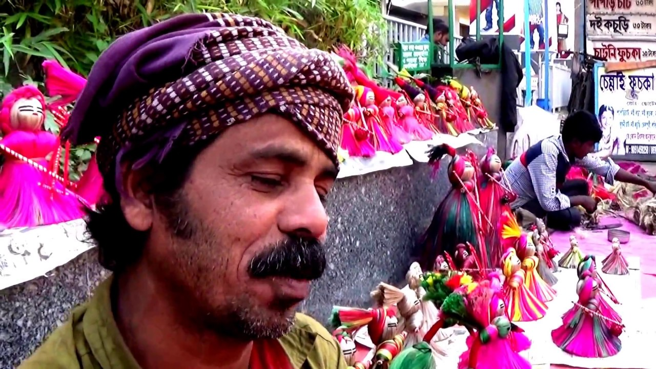 Download Indian Street Art... & Crafts | An Amazing Artist With His Creations & Also Creating Job for Others