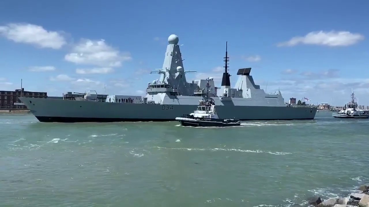 HMS Diamond sails from Portsmouth