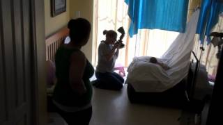 {FL Newborn Photographer} Behind the scenes(Ever wonder what happens behind the scenes of a photoshoot? Watch as I take my portable studio and set up for a newborn session. Get a glimpse of start, ..., 2012-05-08T02:28:56.000Z)