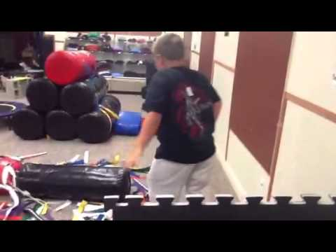Jackson Nicoll doing Ninja obstacle course!