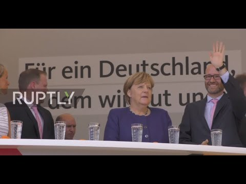 Germany: AfD supporters protest Merkel during Gelnhausen campaign rally