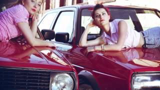 RED IS THE COLOR — Pin-up ladies & cultstyle Golf MK2's — StreetLegends.pl