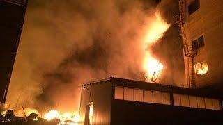 Крупнейший пожар за последние 25 лет в Москве тушат Тушино