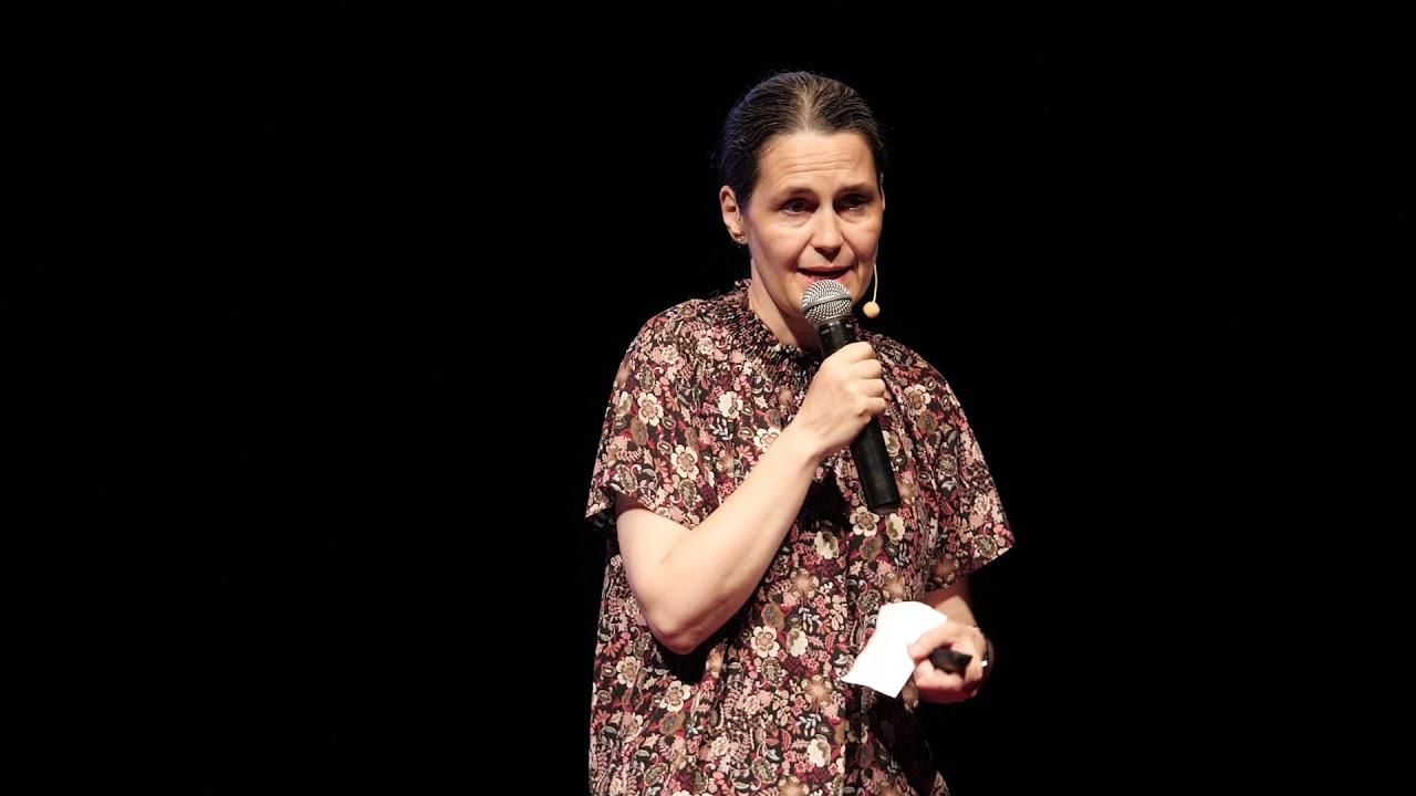 Nu există elevi buni și elevi slabi    Gabriela Alexandru   TEDxAlbaIulia