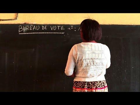 AFP: Madagascar: préparation des bureaux de vote avant l'élection