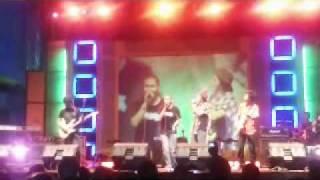KASIH JANGANLAH PERGI by BUNGA BAND feat ANDA YouTube Videos