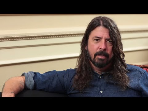 """Dave Grohl On The Nirvana Song That Is """"Hard To Listen To"""""""