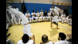 Download Video omi & dudu - 12° encontro internacional capoeira angola palmares MP3 3GP MP4