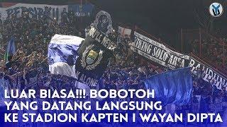 Video LUAR BIASA!!! Bobotoh Yang Datang Langsung ke Stadion Kapten I Wayan Dipta download MP3, 3GP, MP4, WEBM, AVI, FLV November 2018