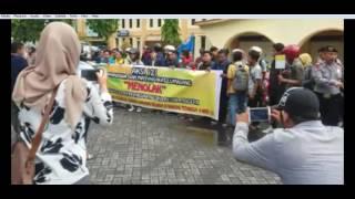 Aksi 121 Gerakan Masyarakat Lumajang Belanja di Warung Tetangga. | Lumajangsatu tv