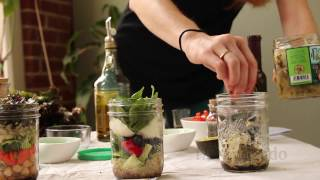 Recipe for Mason Jar Salads