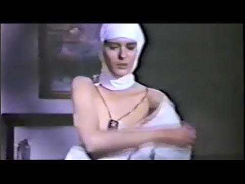JUNKSISTA - Time (Official Lyrics Video)