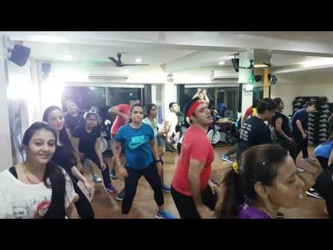 MASALA BHANGRA On  Despacito Remix Master Trainer Shalini Bhargava,JGs