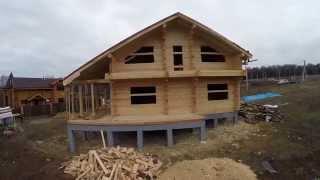 видео Усадка дома из профилированного бруса естественной влажности