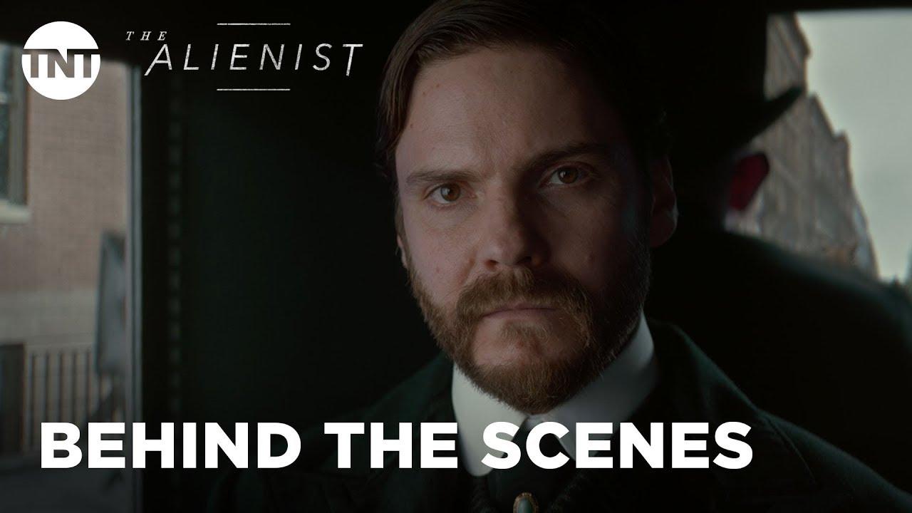 Download The Alienist: Many Sainted Men - Season 1, Ep. 7 [INSIDE THE EPISODE] | TNT