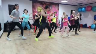 Zumba Fitness - Maluma - Felices los 4