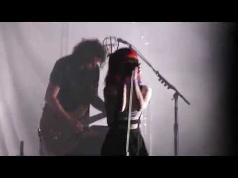 I Caught Myself  Paramore @ Bell Auditorium, Augusta  April 27, 2015