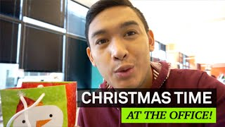 CHRISTMAS TIME IN THE OFFICE! - VLOGMAS DAY 11 - ohitsROME