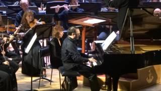 Цфасман Сюита для фортепиано с оркестром Солист – Даниил Крамер (фортепиано)