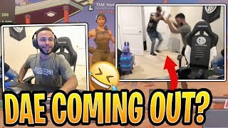 Daequan Hid in the Closet and Scared Hamz! - Fortnite Best and Funny Moments