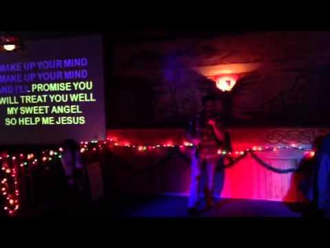 Tom's karaoke debut