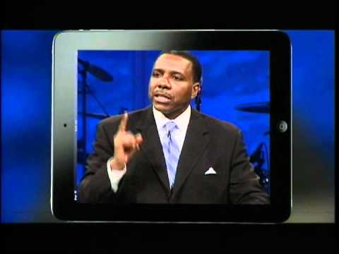 Pastor Creflo Dollar First Time Speaking Since Being Arrested